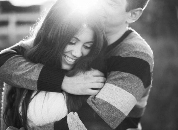 Hugging: 11 Type Of Hugging And The Meanings That It Contains