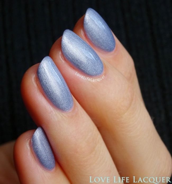Couture Gel Nail Polish Share My Yacht? swatch