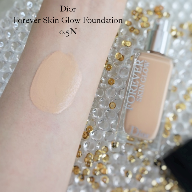 Dior Forever Skin Glow Foundation 0.5N review swatch