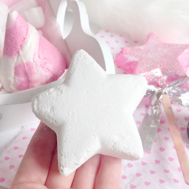 Christmas Lush Haul 2016 | Star Dust Bath Bomb