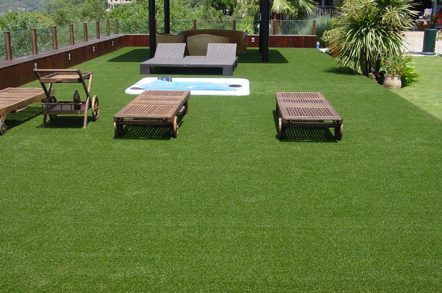 Jard n en una terraza o azotea guia de jardin for Cesped para jardin