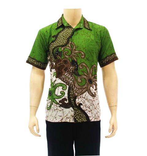 Desain Kemeja Batik Pria Kombinasi Kain Polos Lengan