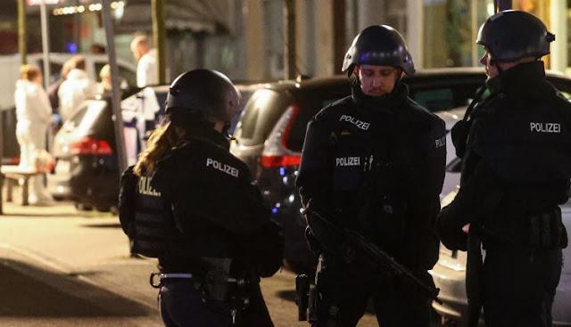 خطير...مقتل 8 أشخاص وإصابة 5 اخرين بالنار في مقهى للشيشا بألمانيا قراو التفاصيل⇓⇓⇓