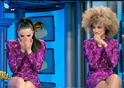 veline piangono foto ultima puntata striscia la notizia