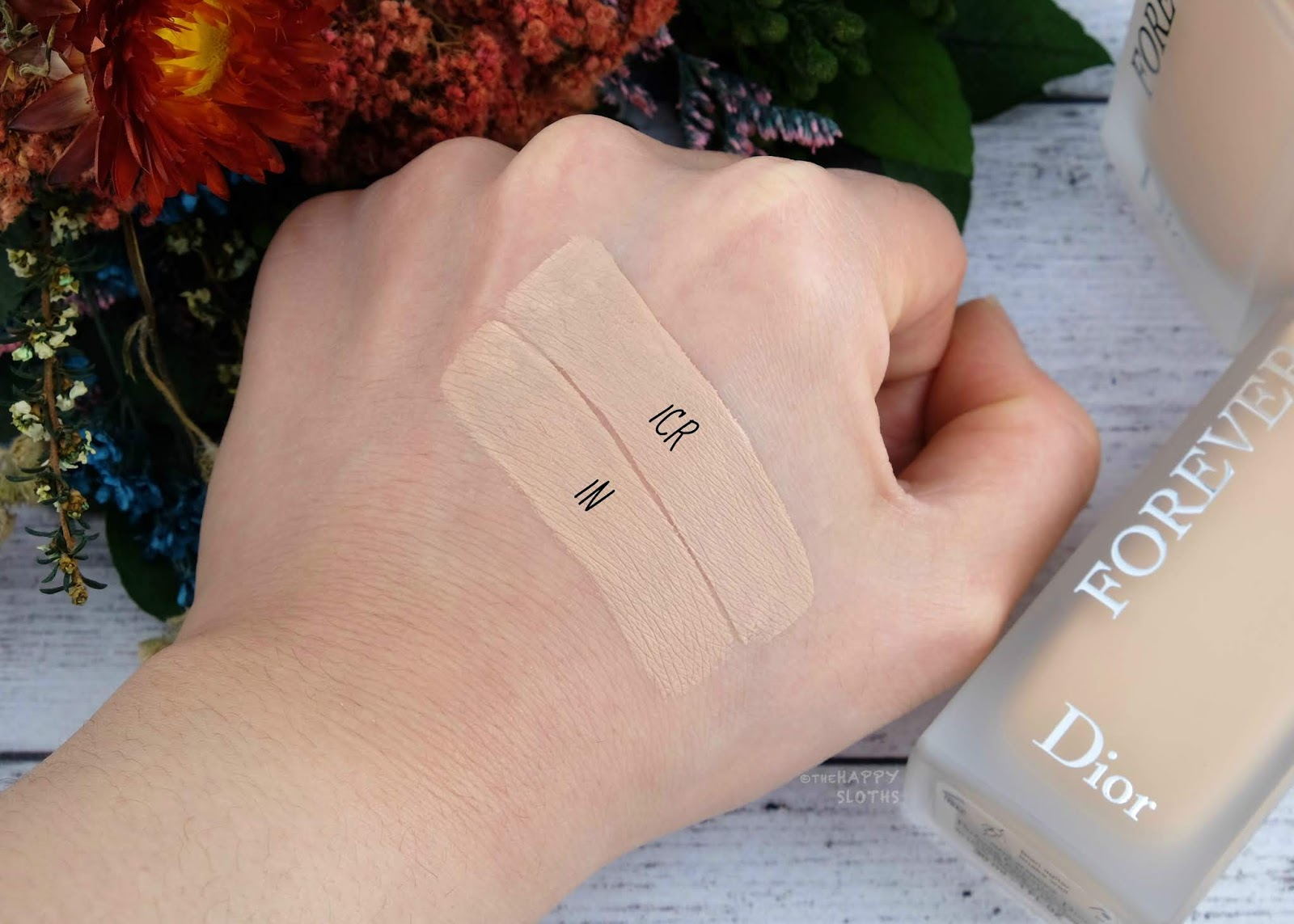 """Dior Forever 24H Wear High Perfection Matte Foundation in """"1N"""" & """"1CR"""": Review and Swatches"""