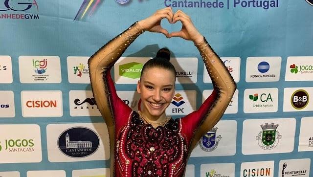 Aerobik Cimnastik Dünya Şampiyonası'nda altın madalya kazanan sporcumuz kimdir?