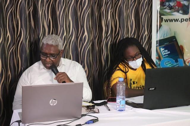 « P'titpouss », l'appli qui changera l'habitude scolaire de nos écoliers togolais