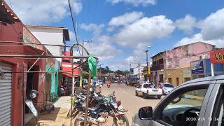 Poção de Pedras | População está nas ruas e IGNORA coronavírus