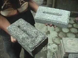 Campuran styrofoam pada batako