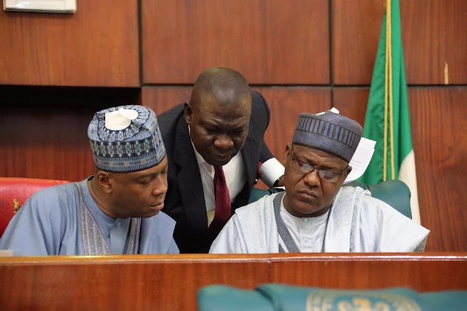 REVEALED: How Saraki Rushed His Exit Announcement To Avoid Expulsion By APC