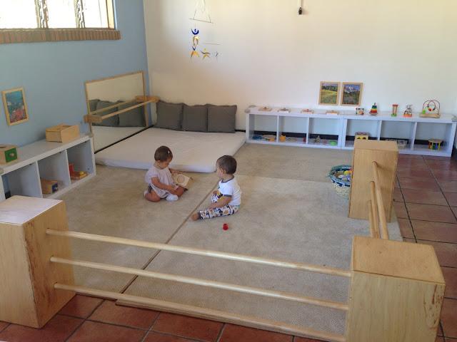 Pequefelicidad habitaciones montessori 30 ideas inspiradoras for Espejo y barra montessori