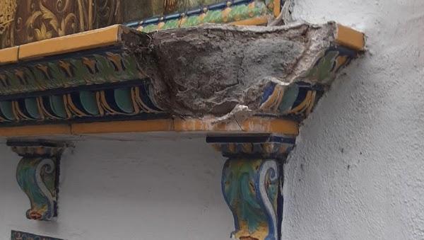 Destrozan el azulejo de la Virgen del Carmen de San Gil