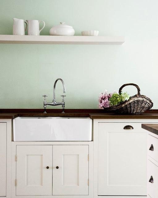 02. Pilih hijau pale untuk dapur.