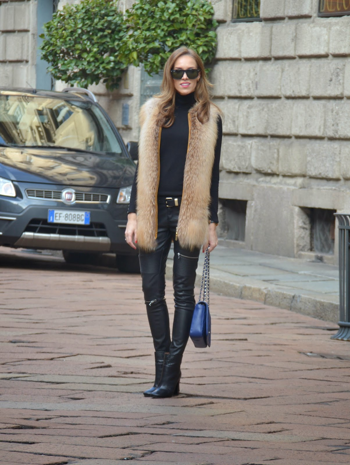 black-leather-fur-look-fashion-outfit kristjaana mere
