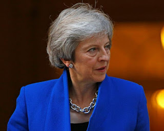 UK PM May dives into diplomacy in bid to clinch Brexit deal