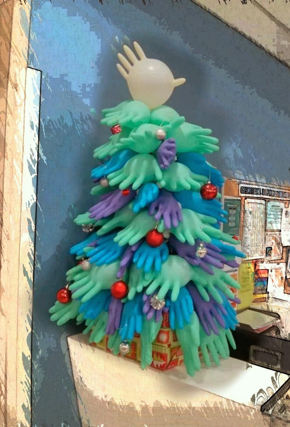 Albero Di Natale Zecchino Doro.Bambino Di Mamma Albero Di Natale Con Guanti Da Chirurgo