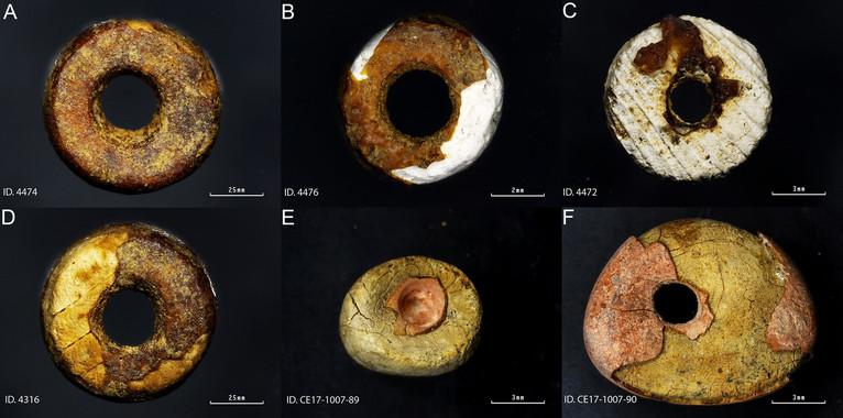 Primeras imitaciones de ámbar prehistórico en la Península
