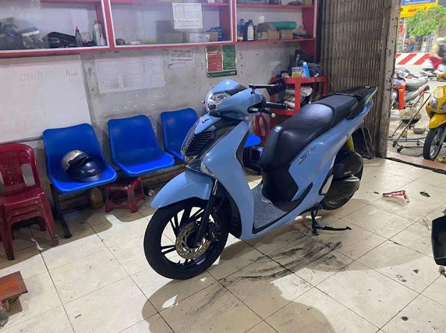 Mẫu Sơn Xe Honda SH 150 màu xanh xi măng tại Tp.Hồ Chí Minh