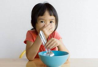 Cara Terbaik Hadapi Anak Suka Pilih – Pilih Makanan