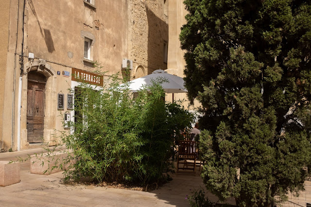 terrasse-cafe-narbonne