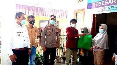 Polres Kerinci Peduli, Salurkan Bantuan Sembako Ke Warga Desa Pelayang Raya