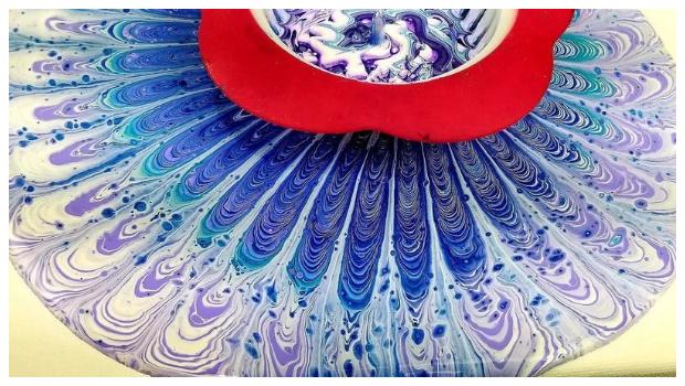 texnikh-pour-painting-me-sourothri