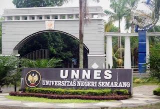 Gerbang Universitas Negeri Semarang