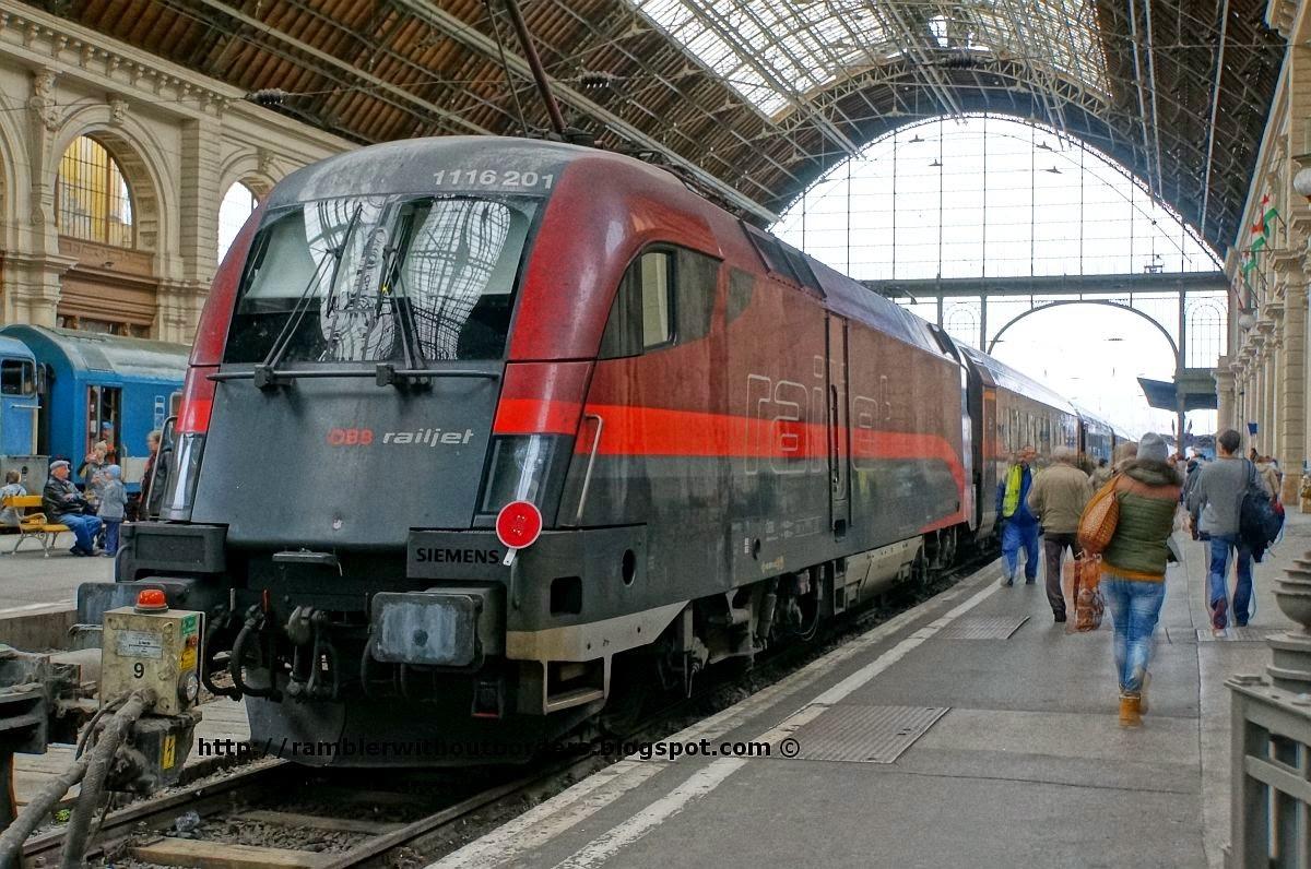 OBB Railjet train, Keleti Terminal, Budapest, Hungary