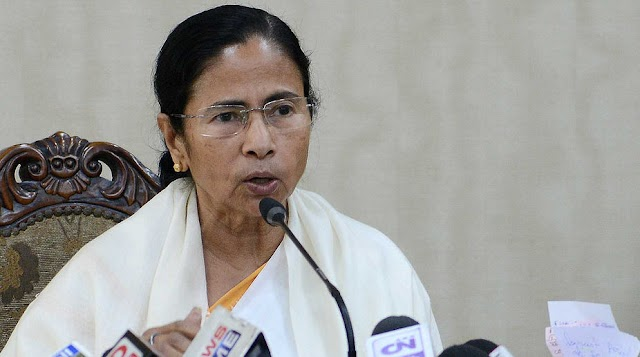 ममता बनर्जी ने सीपीआई और कांग्रेस की तरफ बढ़ाया दोस्ती का हाथ