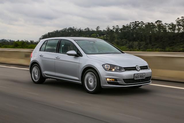 VW Golf volta ao pódio: hatch-médio mais vendido em Abril