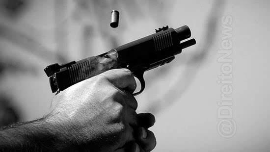 denuncia disparo arma invasao domicilio stj