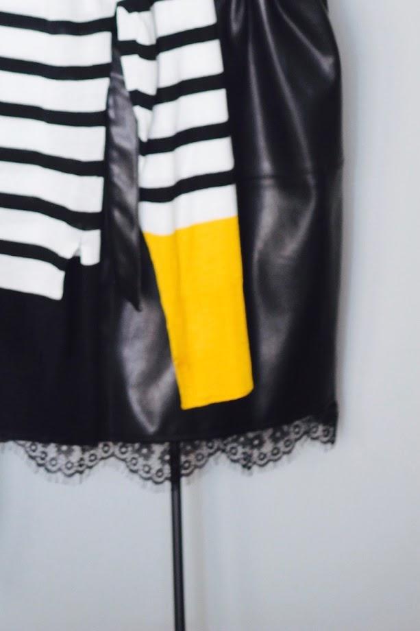 photo-looks-jersey-rayas-zara-falda-polipiel-encaje-negra-salon-negro-harmony-krack