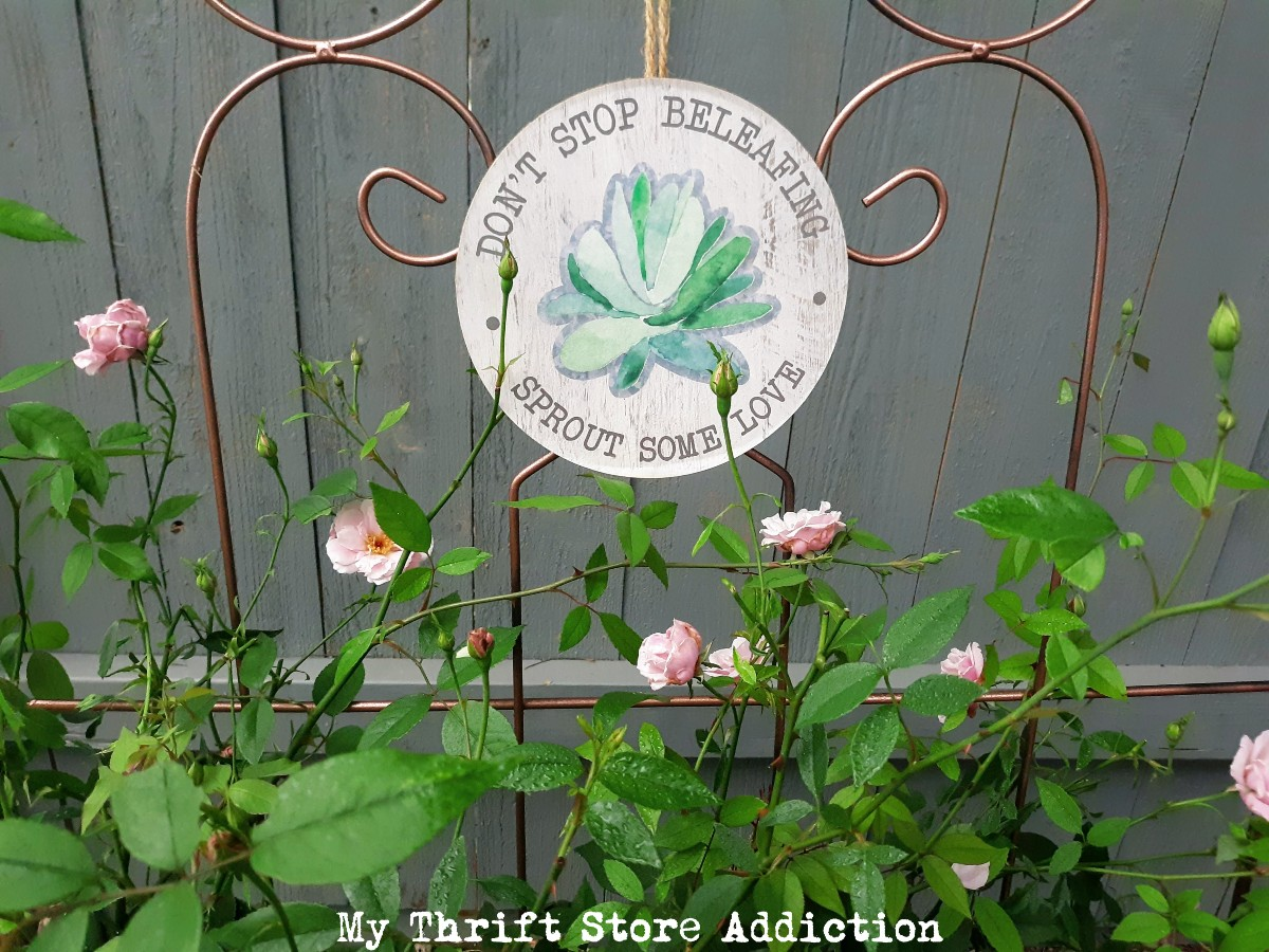 dollar store garden signs