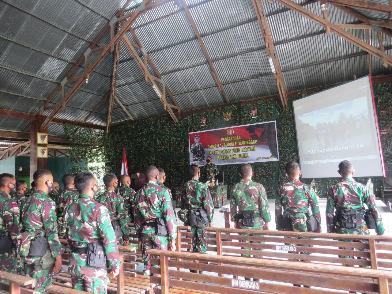Danrem Merauke Beri Penghormatan Kepada Prajurit Satgas Pamrahwan Yonif 756/WMS