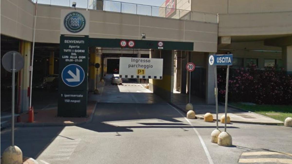 Porte di Catania auto rubata Polizia di Stato