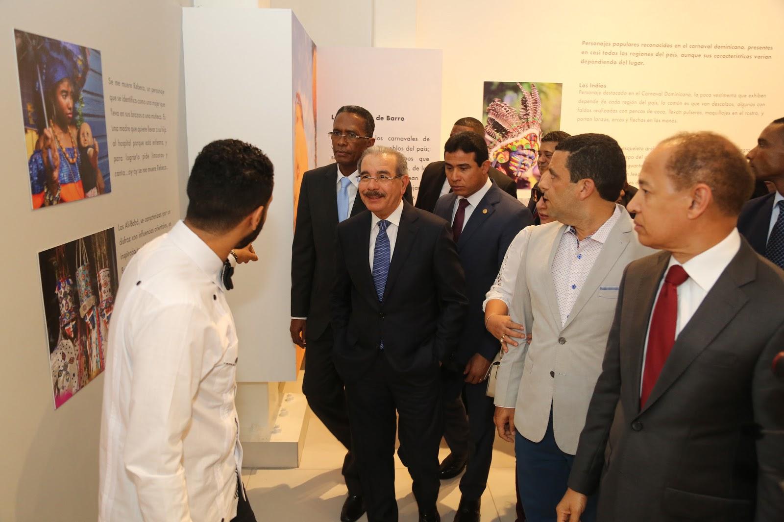 Expresiones culturales presentes todo el año: Danilo Medina entrega Museo del Carnaval Vegano