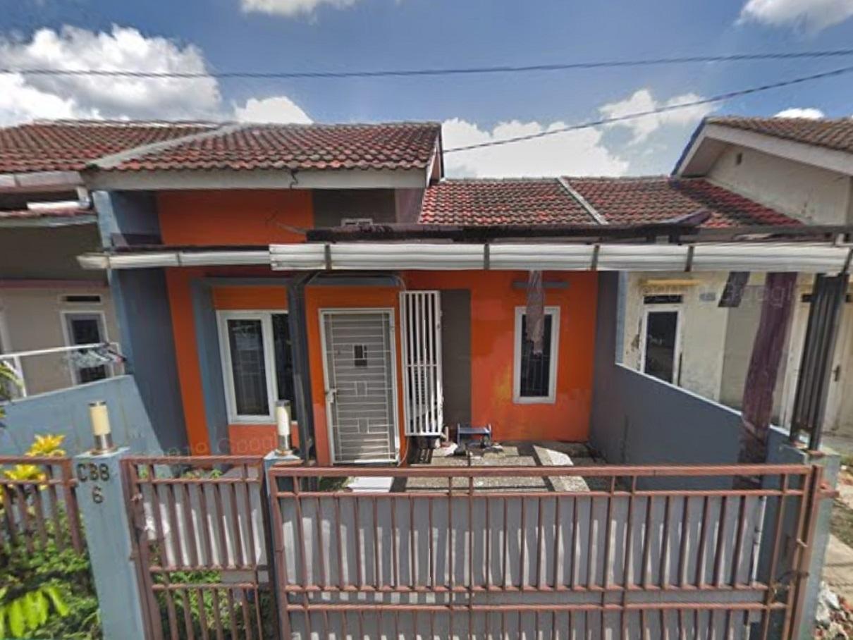 Hasil proyek Renovasi & pengembangan rumah 1 Lantai  milik Bpk Azri Hendri di perumahan pesona Cilebut, Bogor, Tahun 2013(foto via google street view@2019)