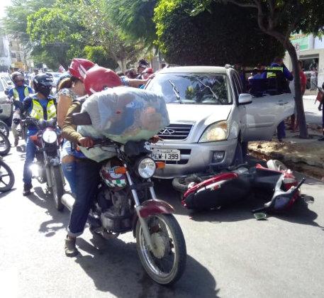 Mulher morre em acidente no centro de Santa Cruz do Capibaribe