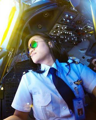 Cewek Selfie cewek manis Pilot cantik dan manis