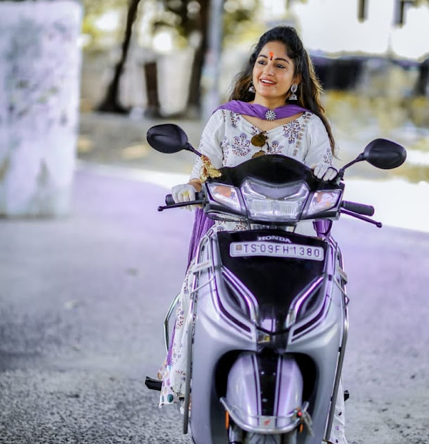 Madhavi Latha (Indian Actress) Biography, Wiki, Age, Height, Family, Career, Awards, and Many More