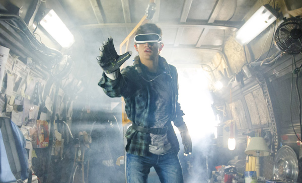 Wade Watts (Tye Sheridan) engages in the VR world of OASIS in READY PLAYER ONE (2018)