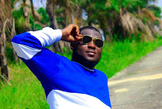 Music : GIMME LOVE - Johnny Blaq