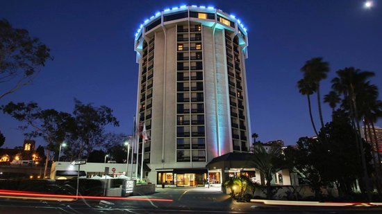 Book your stay at Four Points by Sheraton San Diego Downtown Little Italy. This Hotel offers complimentary Wi-Fi and free shuttles to and from San Diego International Airport.