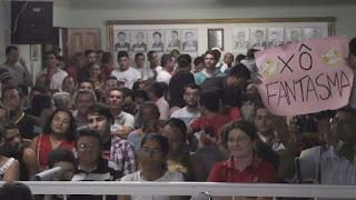 População de Picuí lota Câmara municipal em apoio ao vereador Olivânio