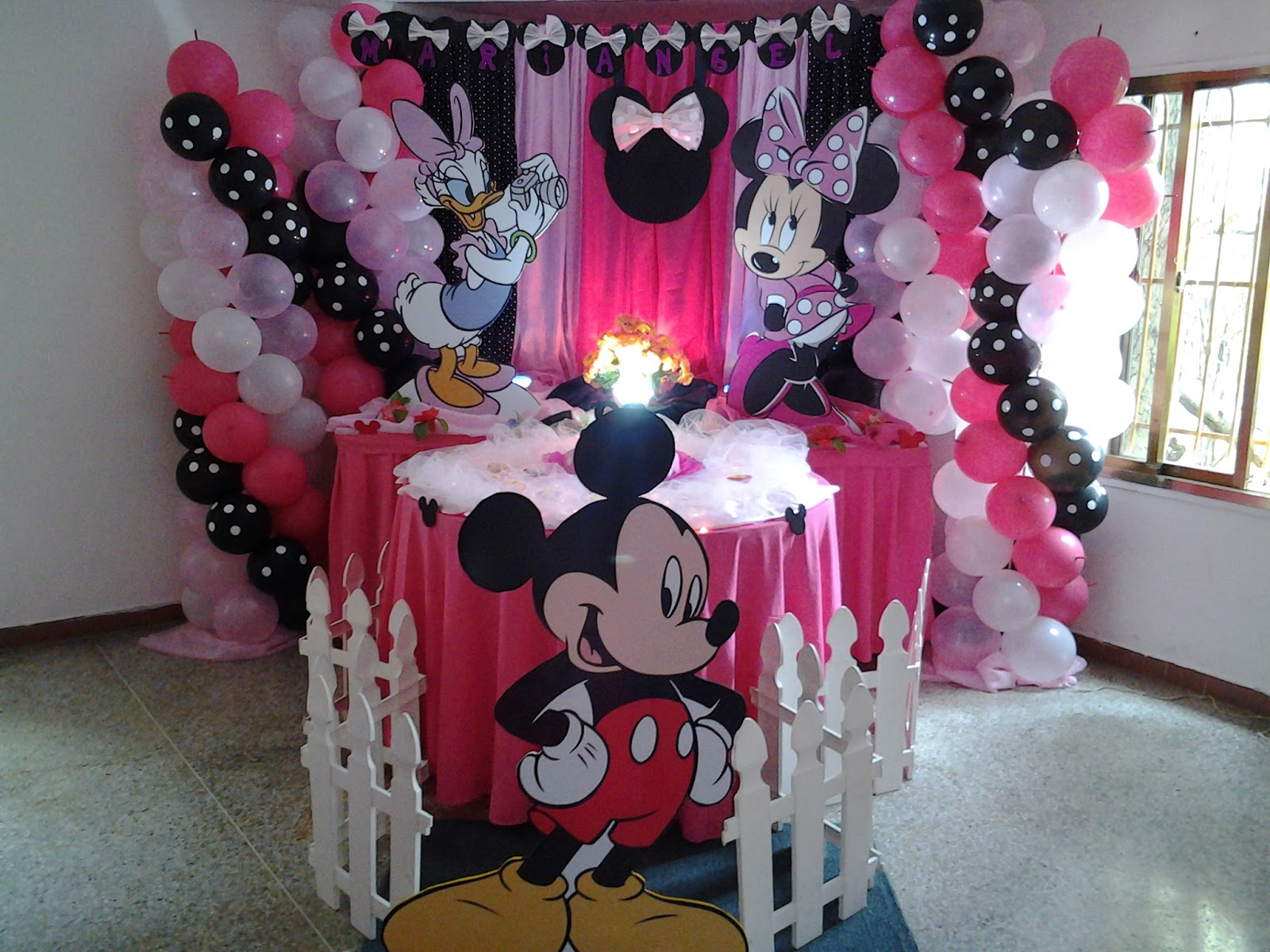 Pkelandia fiesta de minnie mouse cumplea os de mariangel - Adornos fiesta de cumpleanos ...