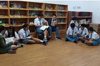 Judul Makalah Siswa - Siswi Kelas XI IPA - IPS SMA Kasih Karunia Jakarta