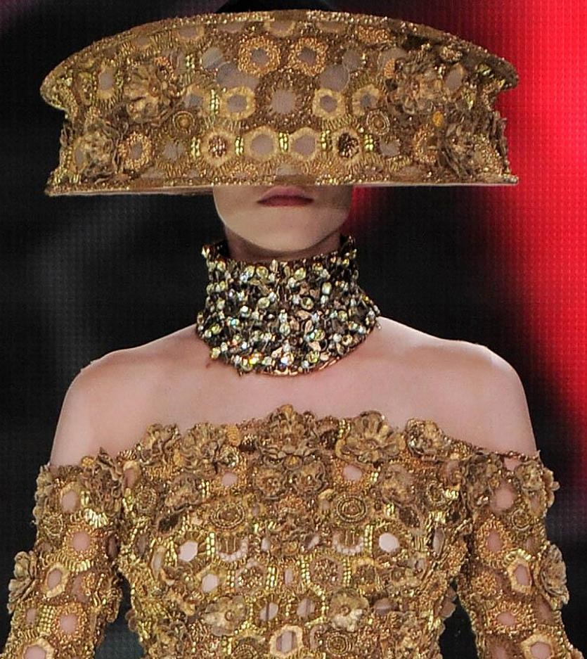 Ophelia S Adornments Blog May 2012: Fashion & Lifestyle: Alexander McQueen Hats... Spring 2013