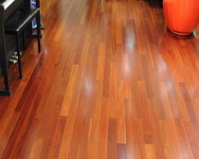 Sàn gỗ tự nhiên giáng hương có mùi hương nhẹ nhàng