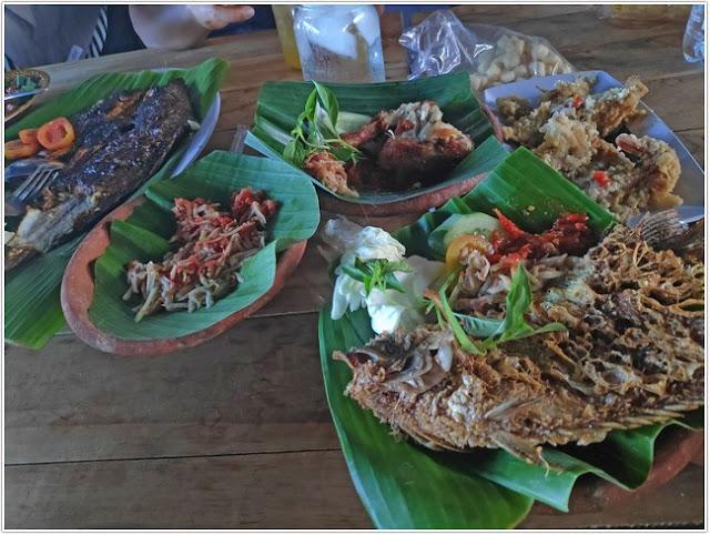 Warung Asela;10 Tempat Kuliner Populer di Madura