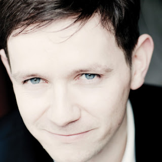 Iestyn Davies (photo Marco Borgreve)